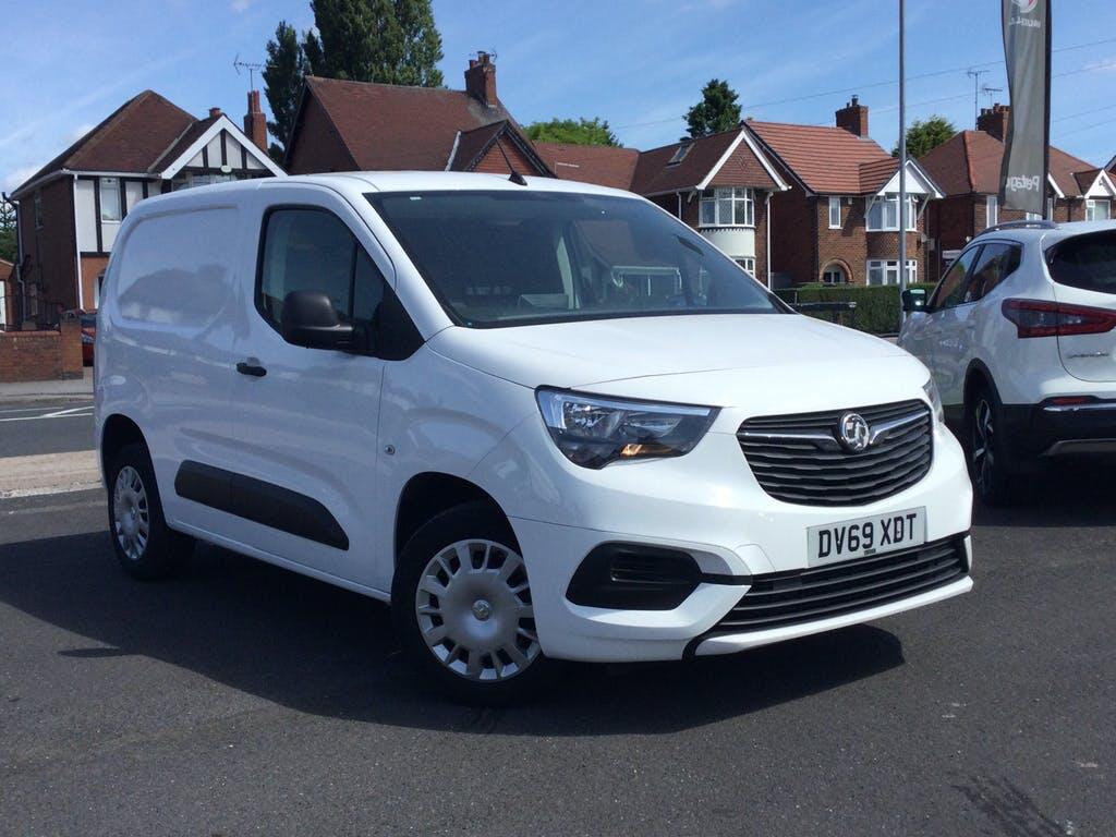 2019 Vauxhall Combo Panel Van with 22,585 miles