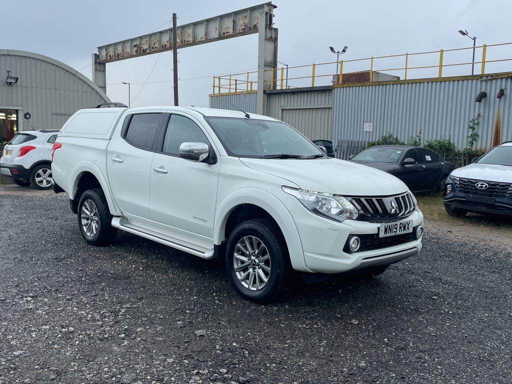 2019 Mitsubishi L200 Pickup with 26,781 miles