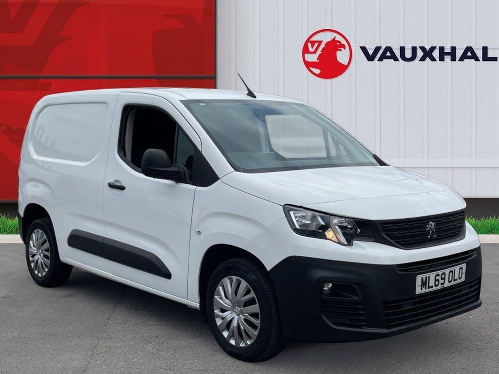 2019 Peugeot Partner Panel Van with 40,919 miles