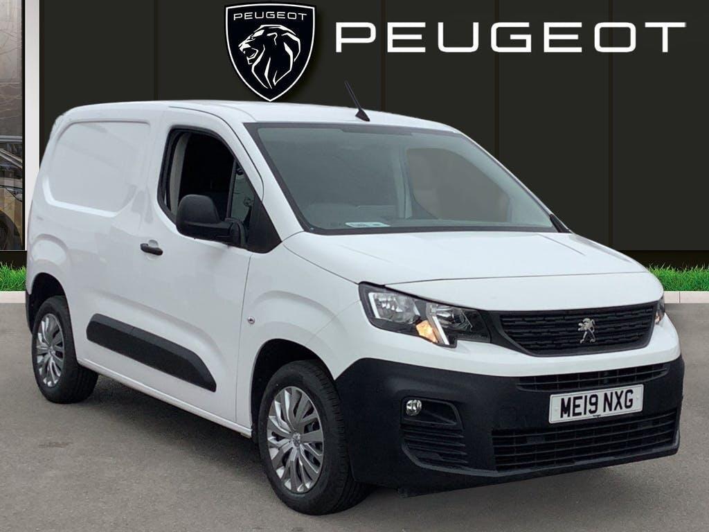 2019 Peugeot Partner Panel Van with 45,536 miles