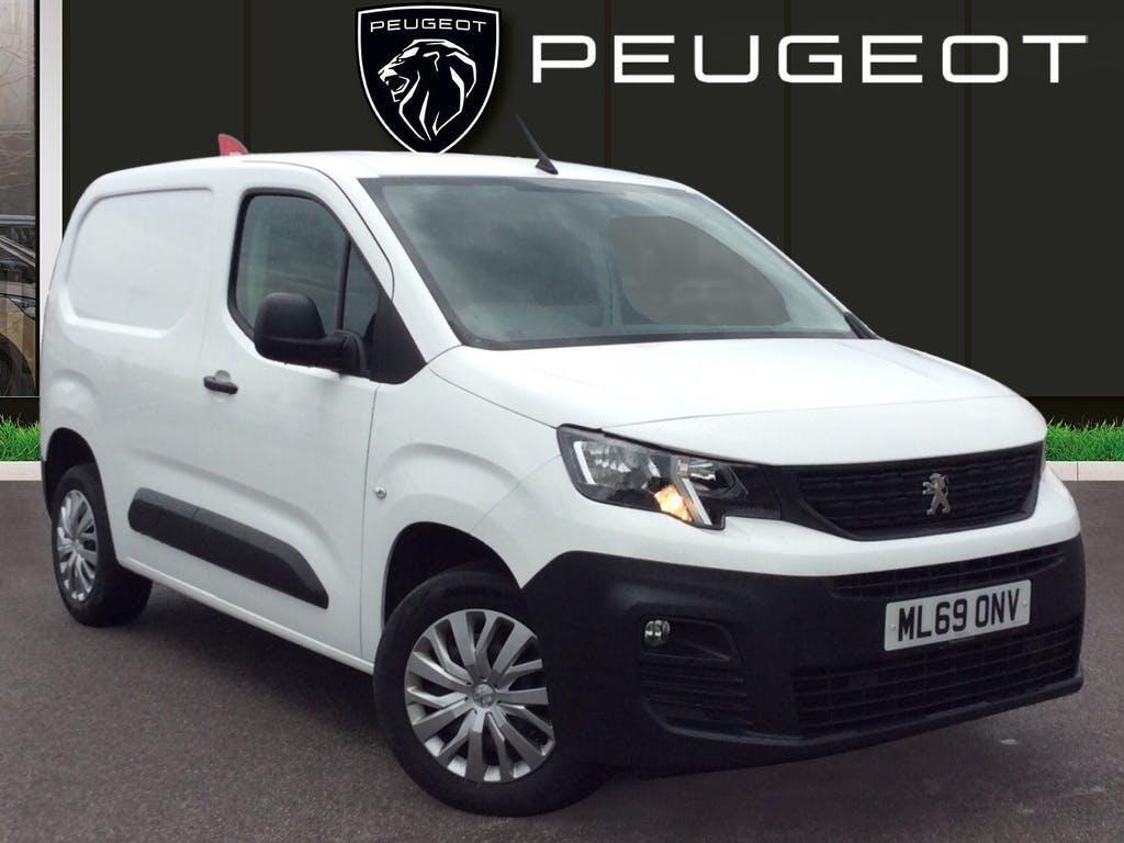 2019 Peugeot Partner Panel Van with 45,093 miles