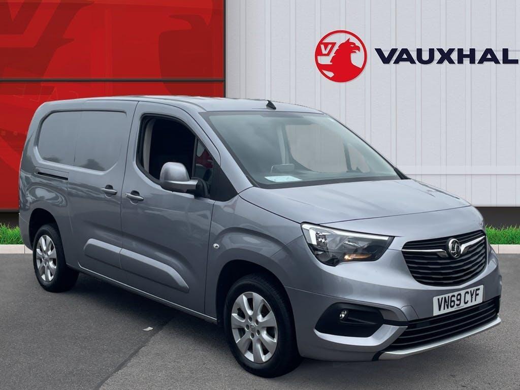 2019 Vauxhall Combo Panel Van with 34,830 miles