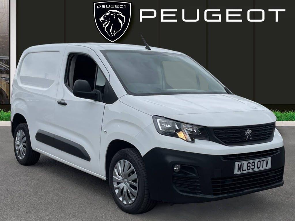 2019 Peugeot Partner Panel Van with 42,380 miles