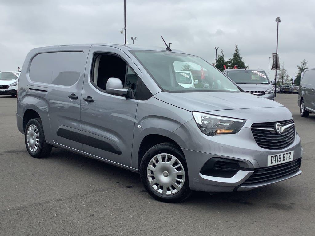 2019 Vauxhall Combo Panel Van with 30,314 miles
