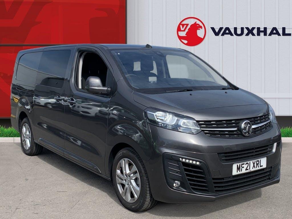 2021 Vauxhall Vivaro Combi Van with 4,999 miles